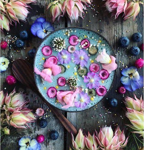 10 delicious acai bowl recipes beautiful blue tropical fruit bowl mommooze.com online magazine for moms
