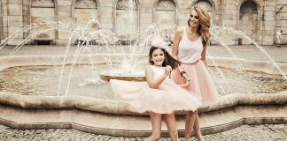 Mother & Daughter Matching Outfit Ideas You Don't Want to Miss