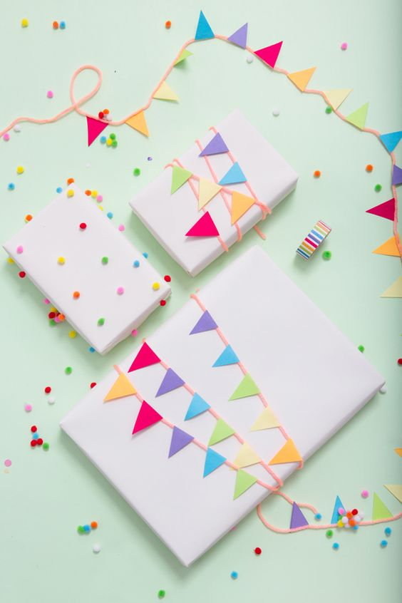 50 Adorable And Easy Gift Wrapping Ideas To Surprise Your Kids