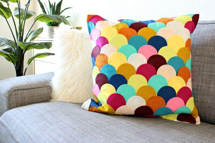 2no sew scalloped pillow