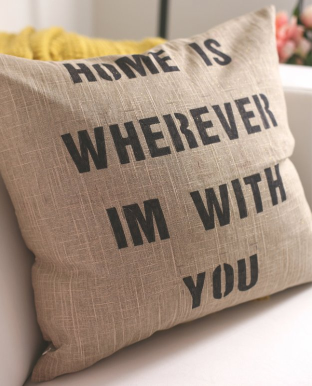 3diy pillows with quotes