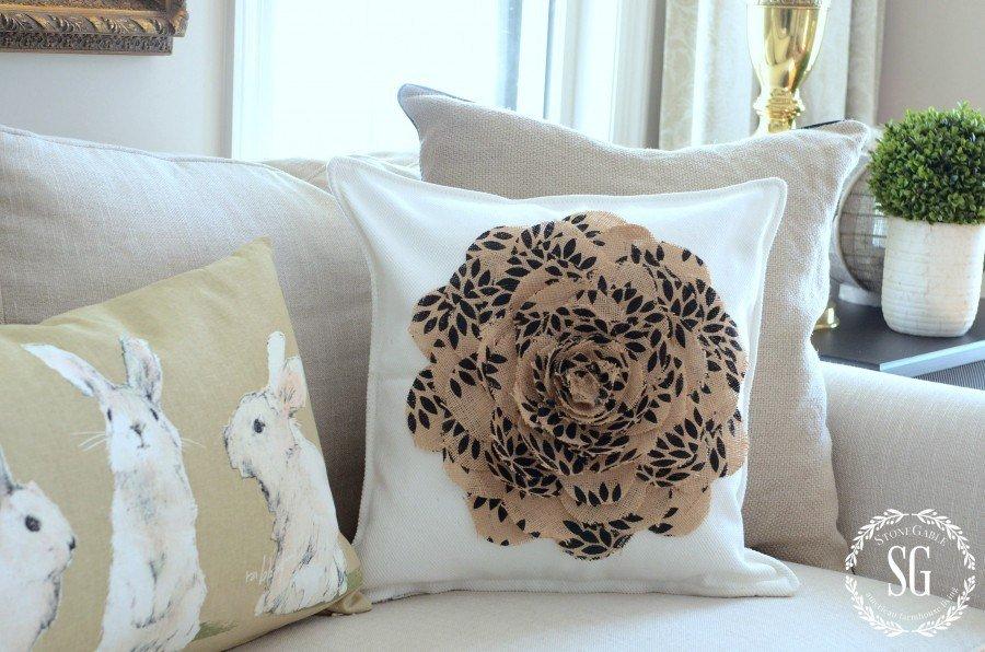8burlap flower pillow