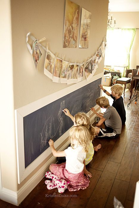 28 coolest playroom decor ideas chalkboard art wall momooze.com online magazine for moms