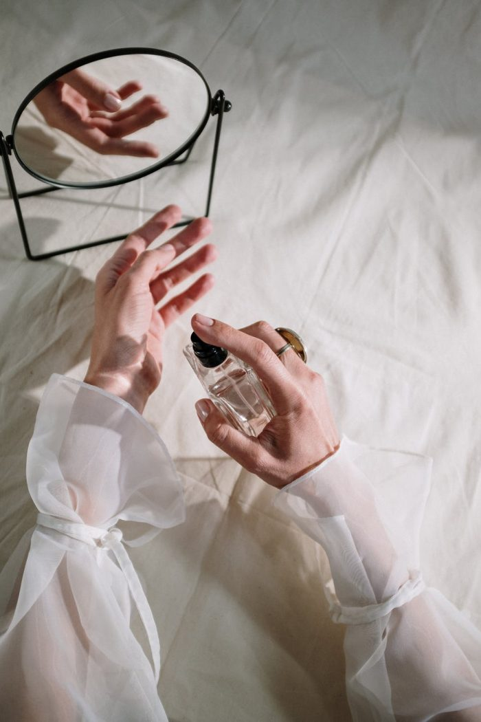 5 Surprising Tips to Make Your Perfume Last All Day Long