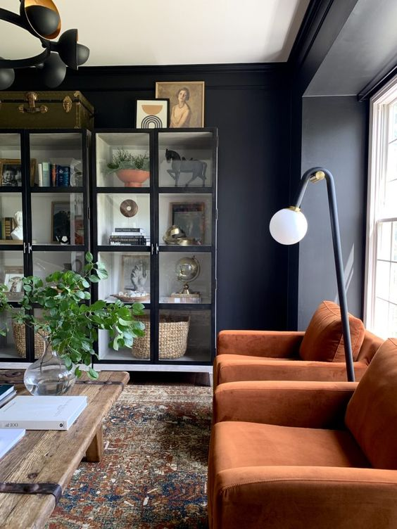 25+ Black House Interiors We're Obsessed About