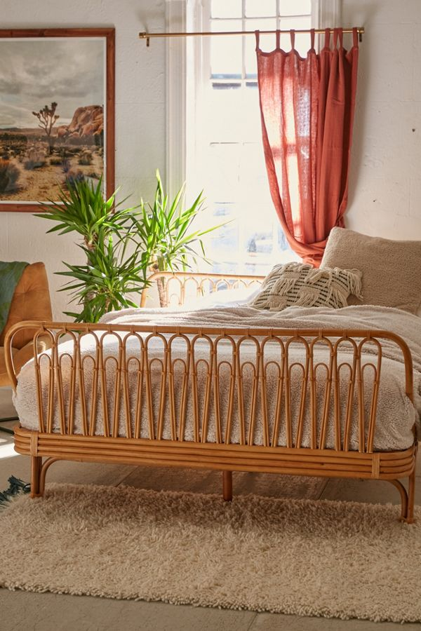 Canoga Rattan Bed