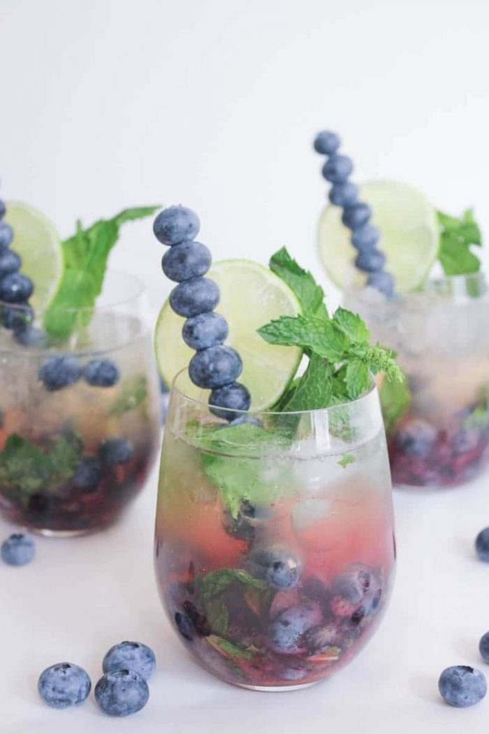 25+ Elegant Prosecco Cocktails For Your Garden Party