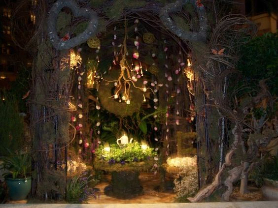 Enchanted Forest Party Theme Ideas for Kids Birthday fairy lights momooze.com online magazine for moms