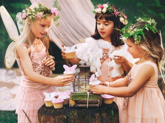Enchanted Forest Party Theme Ideas for Kids Birthday fairy party momooze.com online magazine for moms