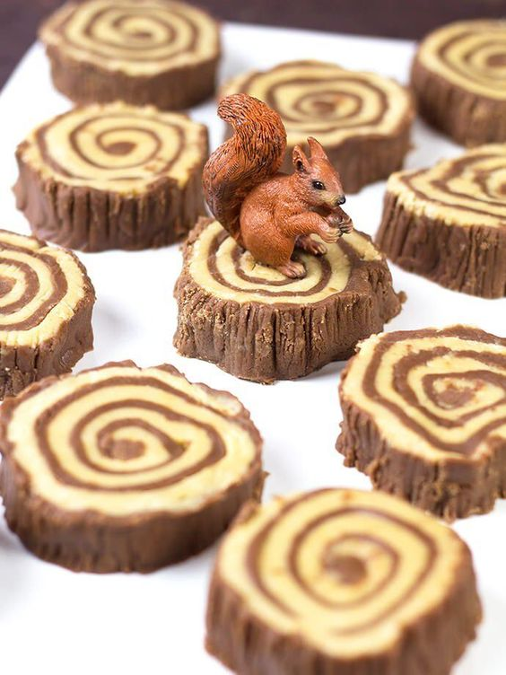 Enchanted Forest Party Theme Ideas for Kids Birthday fudge tree rings momooze.com online magazine for moms