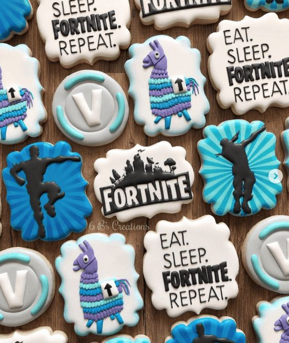 Fortnite-Birthday-Party-cookies