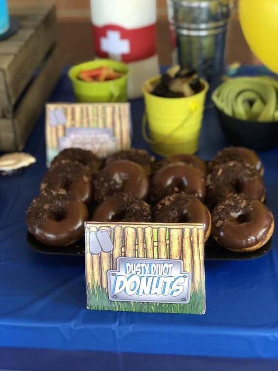 Fortnite-Birthday-Party-dusty-divot-donuts