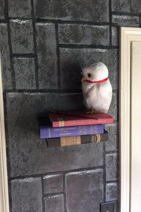 Harry Potter inspired kids bedroom invisible bookshelf momooze.com online magazine for moms