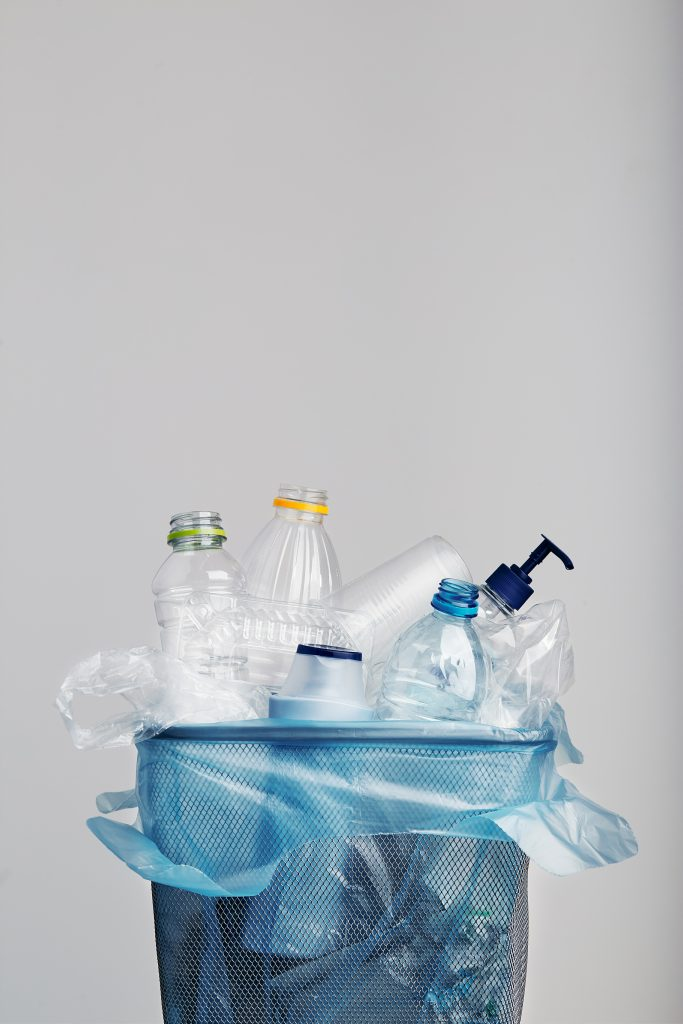 Kind to the Planet: 7 Smart Ways to Reduce Plastic Waste in Your Home