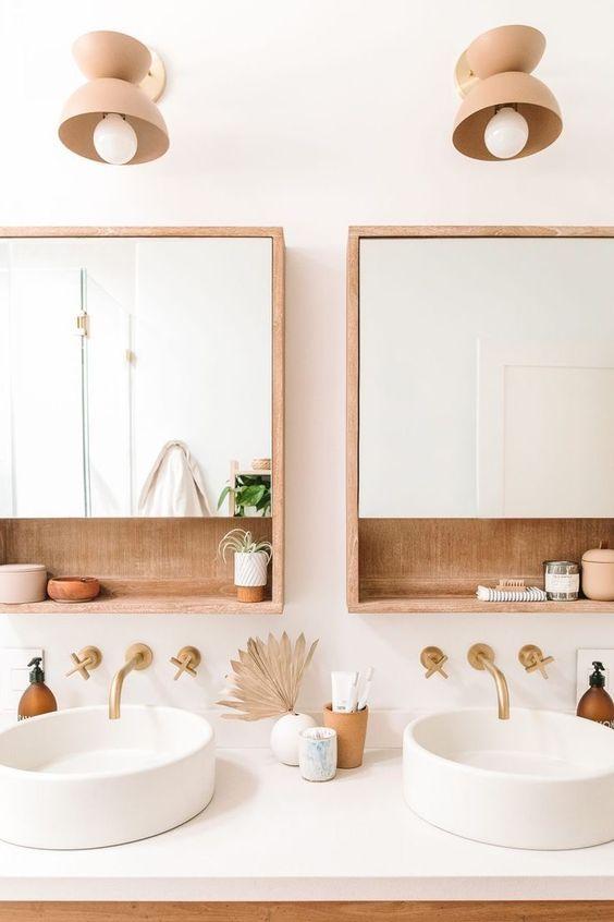 Scandinavian bathroom - wood
