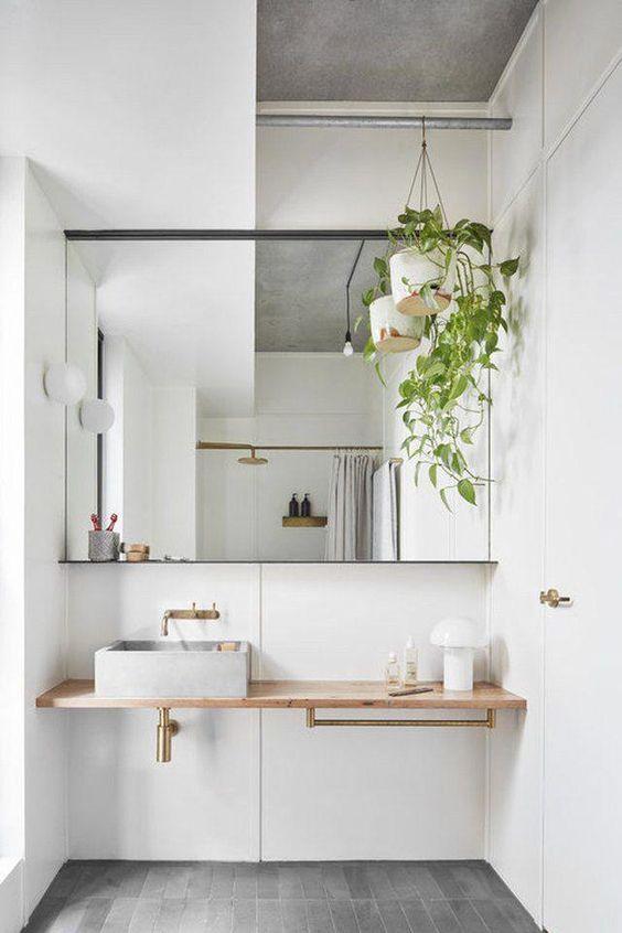 Scandinavian bathroom - plants and neutral tones