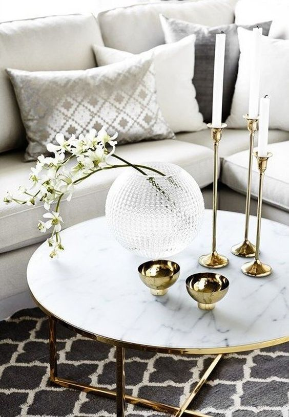 how to decorate coffee table