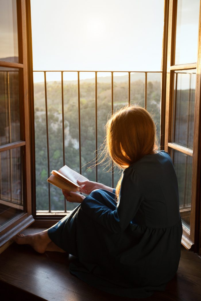 The Dream Job You've Been Looking For: How you Can Read Books & Get Paid