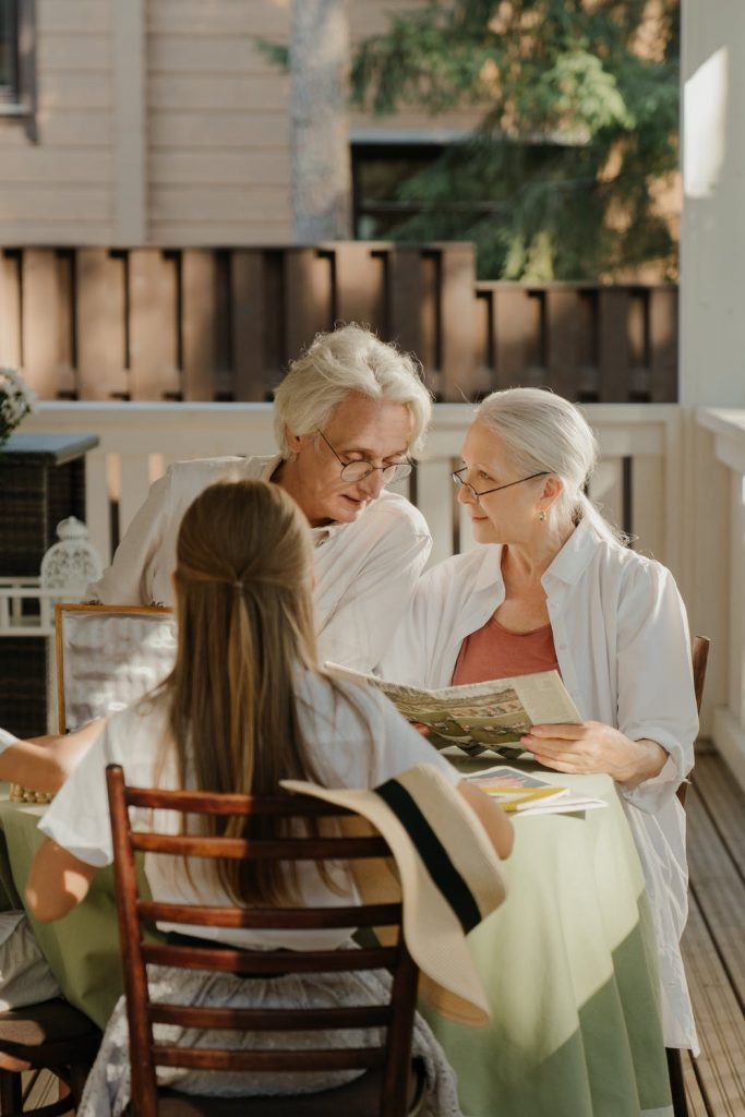 Tips for Transitioning a Loved One into a Care Home