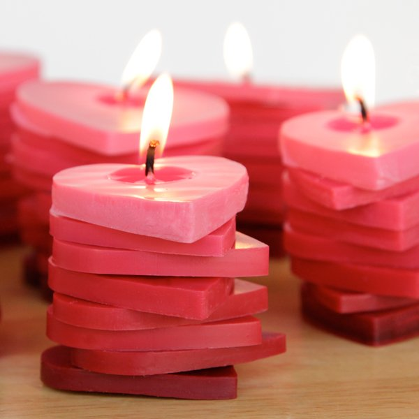 Top Valentine's Day DIY Ideas ombre heart candles momooze.com online magazine for moms