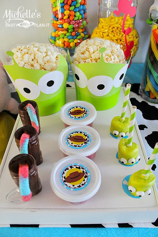 adorable popcorn and other snacks for baby shower party