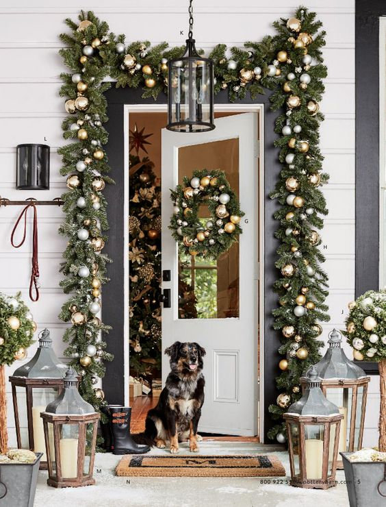 best christmas porch decoration candle lanterns christmas momooze.com online magazine for modern moms