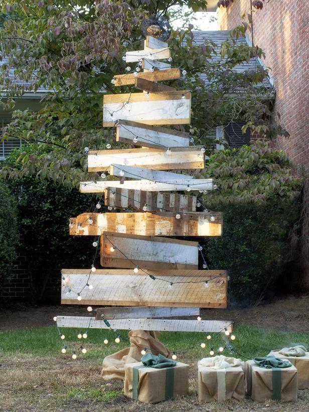 best christmas porch decoration ideas artificial christmas tree momooze.com online magazine for modern moms