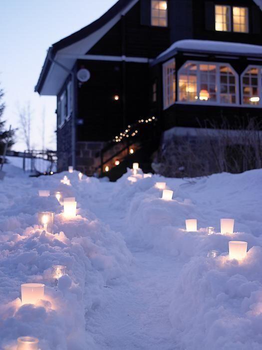 best christmas porch decoration ideas christmas candlelit path momooze.com online magazine for modern moms