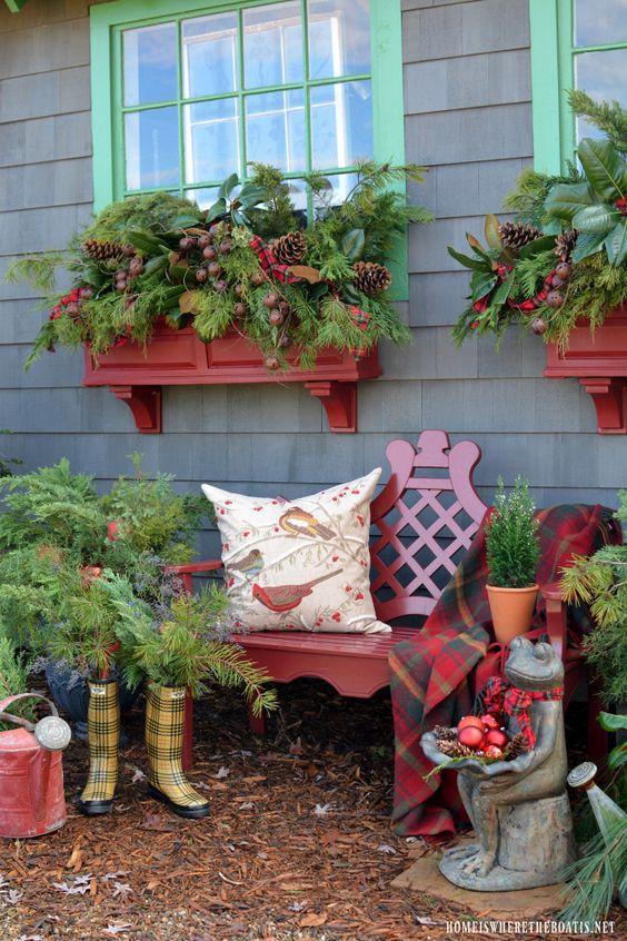 best christmas porch decoration ideas christmas greenery window boxes decoration momooze.com online magazine for modern moms