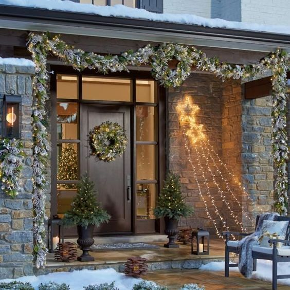 best christmas porch decoration ideas elegant momooze.com online magazine for modern moms