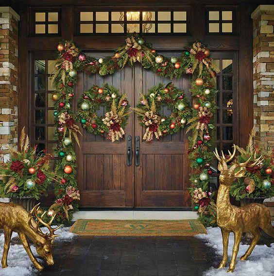 best christmas porch decoration ideas golden reindeer momooze.com online magazine for modern moms