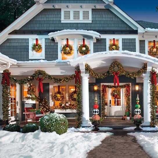 best christmas porch decoration ideas greenery wreaths momooze.com online magazine for modern moms
