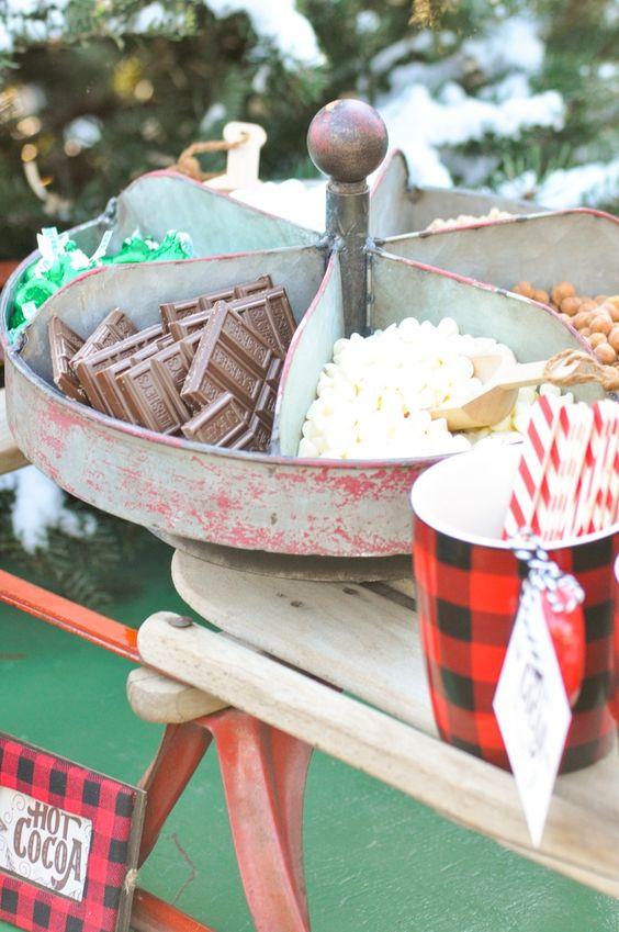 best christmas porch decoration ideas hot cocoa bar momooze.com online magazine for modern moms