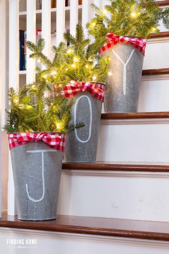 best christmas porch decoration joy buckets momooze.com online magazine for modern moms