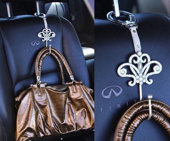 car hacks handbag hook momooze.com online magazine for moms