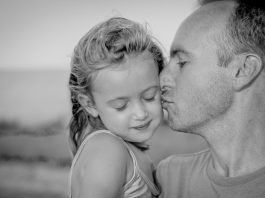 daily routine as a dad story blog dad daughter momooze.com online magazine for moms