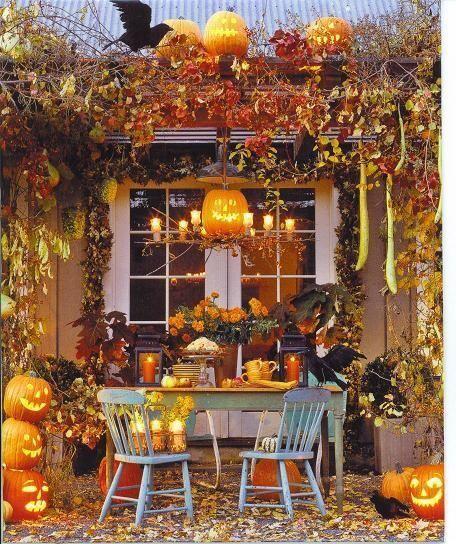 fall dining decor pumpkin jack o lantern candle table inspiration momooze.com