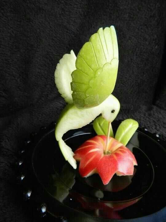 getting creative with fruits and vegetables apple hummingbird momooze.com picturesque playground for moms