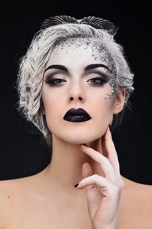 40+ Most Jaw-Dropping Pretty Halloween Makeup Ideas