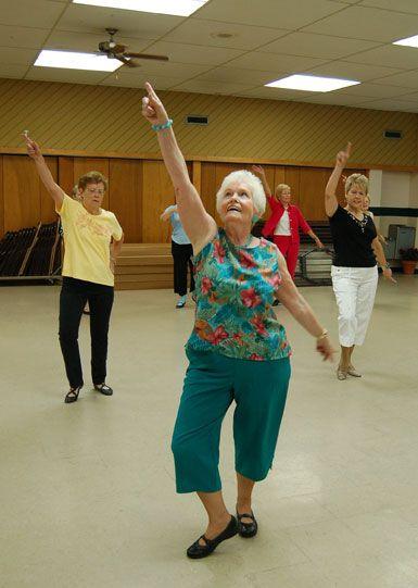 grandma dance momooze.com online magazine for moms
