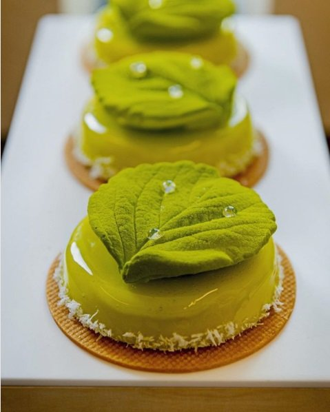 haute cuisine treats pastry frank haasnoot basil momooze.com online magazine for modern moms