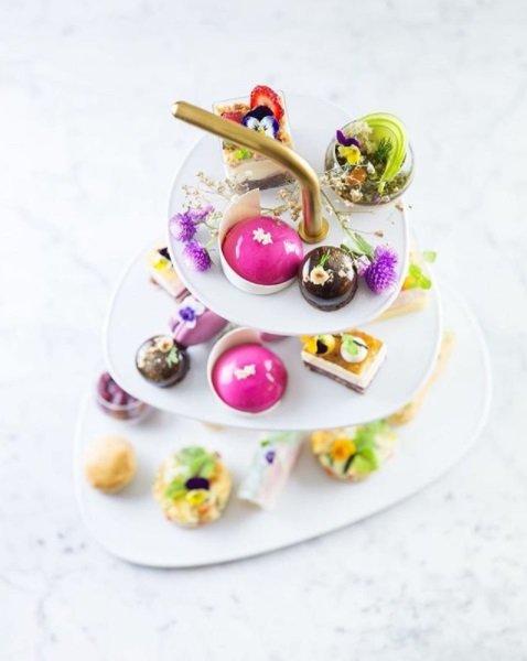 haute cuisine treats pastry reynold poernomo afternoon tea momooze.com online magazine for modern moms