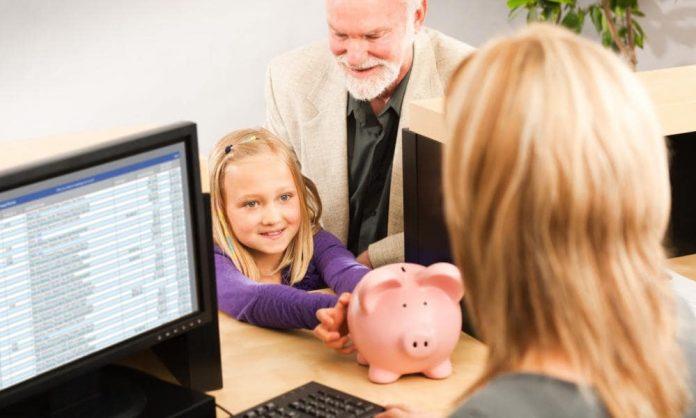 kids money lesson bank account momooze.com