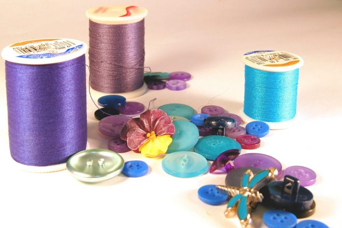 sewing with kids needle and thread momooze.com online magazine for moms
