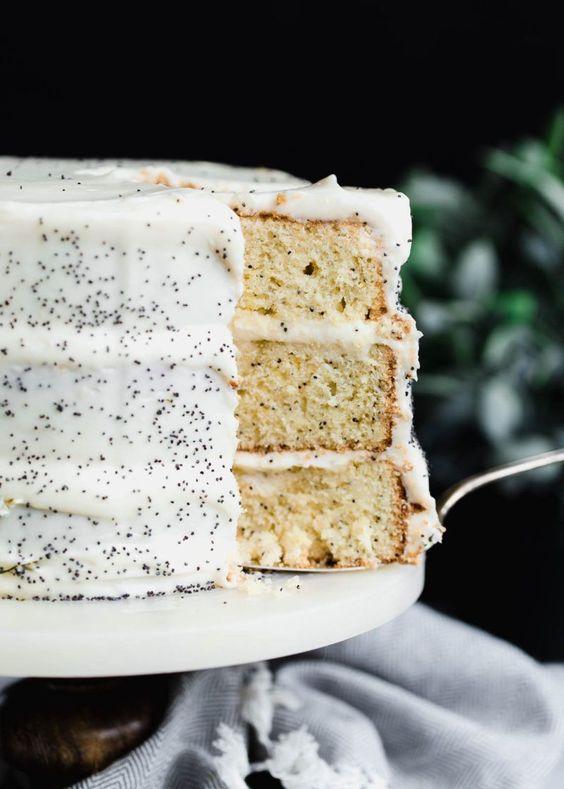 stunning delicious kids birthday lemon poppyseed cake momooze.com online magazine for moms
