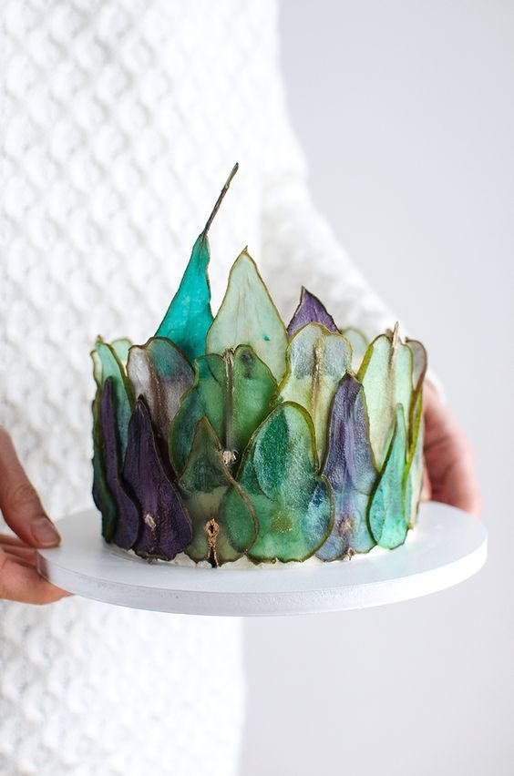 stunning delicious kids birthday pear slice cake momooze.com online magazine for moms
