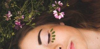 top 10 relaxing mom rituals unwind momooze.com online magazine for moms