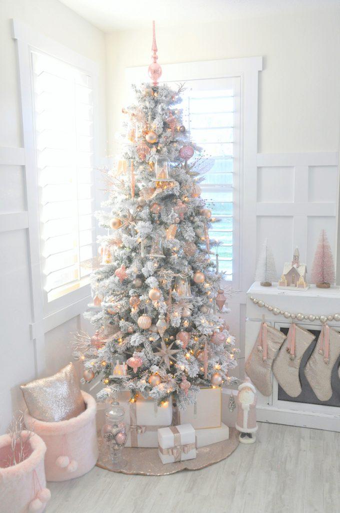 ultimate christmas decoration flocked tree momooze.com online magazine for modern moms