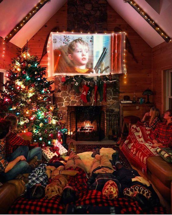 ultimate christmas decoration homemade cinema momooze.com online magazine for modern moms