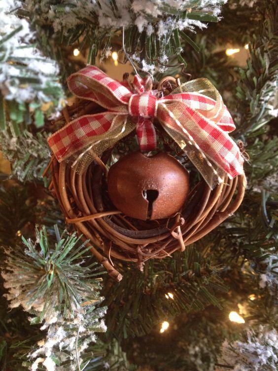 ultimate christmas decoration primitive nutbell decoration momooze.com online magazine for modern moms